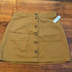 OLD NAVY NWT size 4 mustard mini skirt